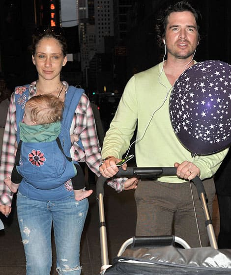 Celebrity Parents Love Ergobaby! | Spotted | Celebrity ...