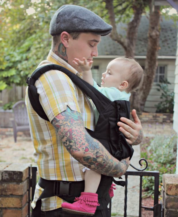 Babywearing Dad Guest Post By Justin Wojslaw Carry Me Away