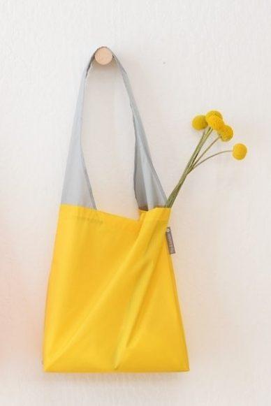 Flip and Tumble bag - yellow.