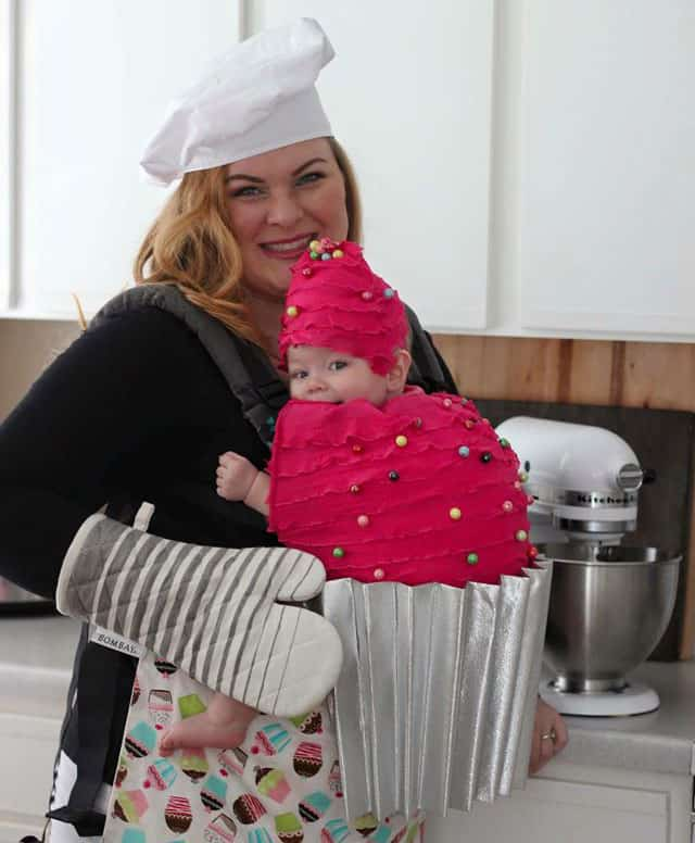 Babywearing Halloween costume: Cupcake and baker