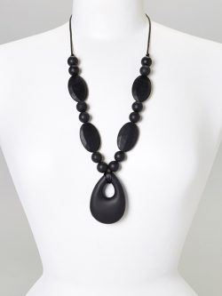 Black Zoe Teething Necklace | Gumeez Teething Jewelry | Teething Necklaces
