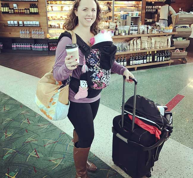 Babywearing at the airport | Baby carriers for travel