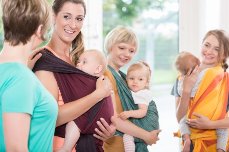 babywearing group background
